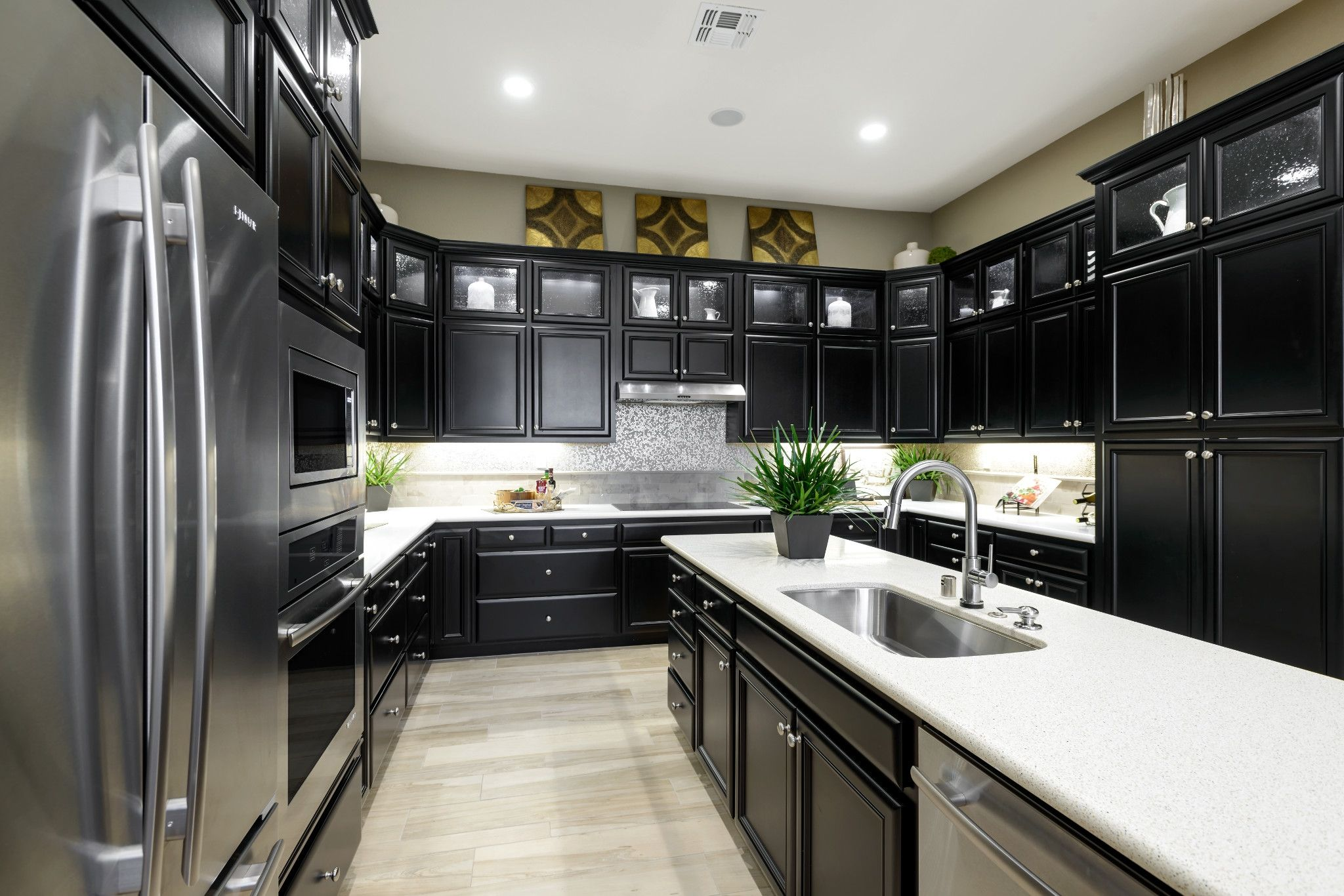 Kitchen-in-Vensa-at-Trilogy® at Rio Vista-in-Rio Vista