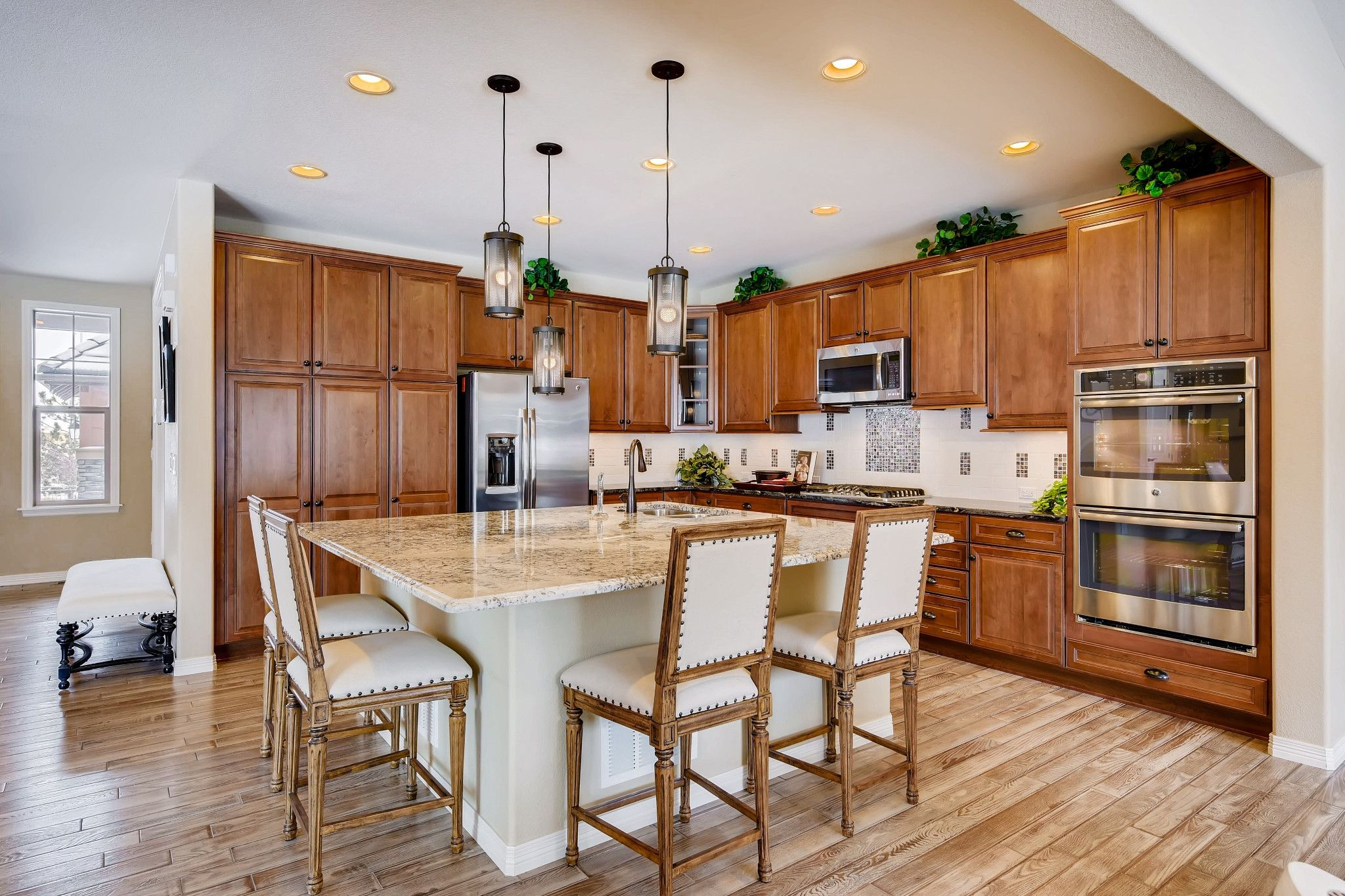 Kitchen-in-4502 Autumn Haven-at-Shadow Walk at BackCountry-in-Highlands Ranch