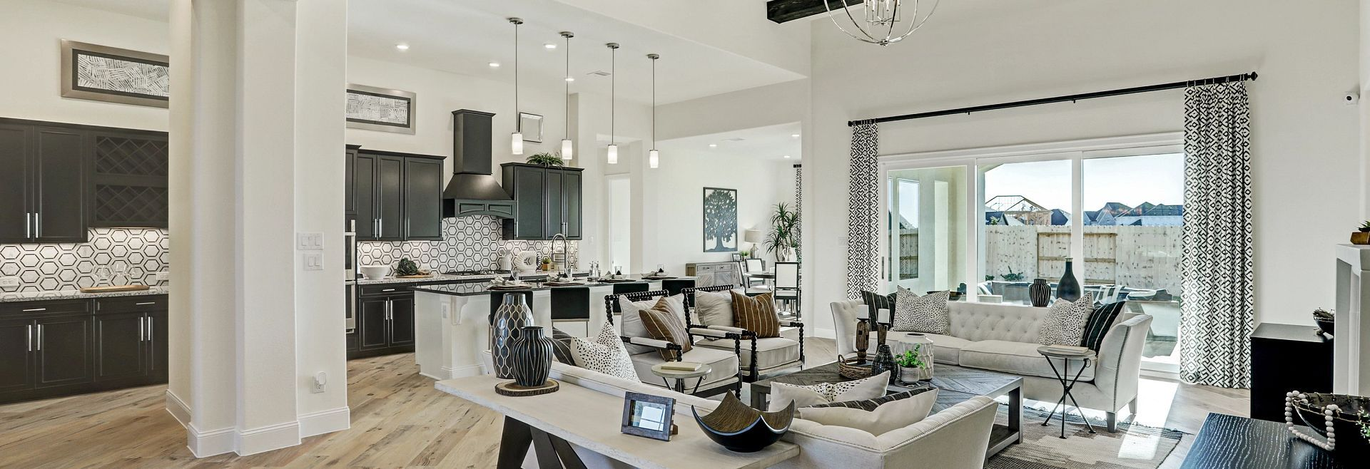 'Del Bello Lakes 70 Series' by Shea Homes - Family - Houston in Houston