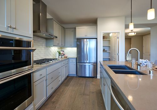 Kitchen-in-Residence 2-at-Centra-in-Livermore