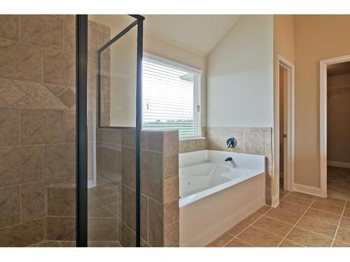 Bathroom-in-Dewhurst-at-Ginger Lake Estates-in-Conyers