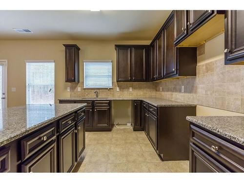 Kitchen-in-Northwyck-at-Browns Mill Estates-in-Lithonia
