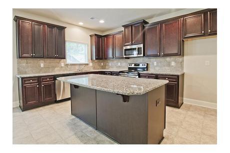 Kitchen-in-Ridgewood-at-Ginger Lake Estates-in-Conyers