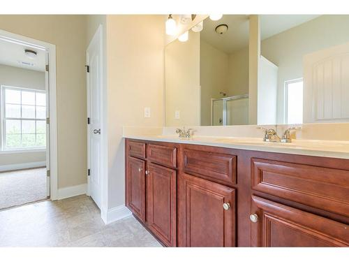Bathroom-in-Chesney-at-The Adares-in-Adairsville