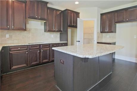 Kitchen-in-Northwyck-at-The Preakness-in-Covington