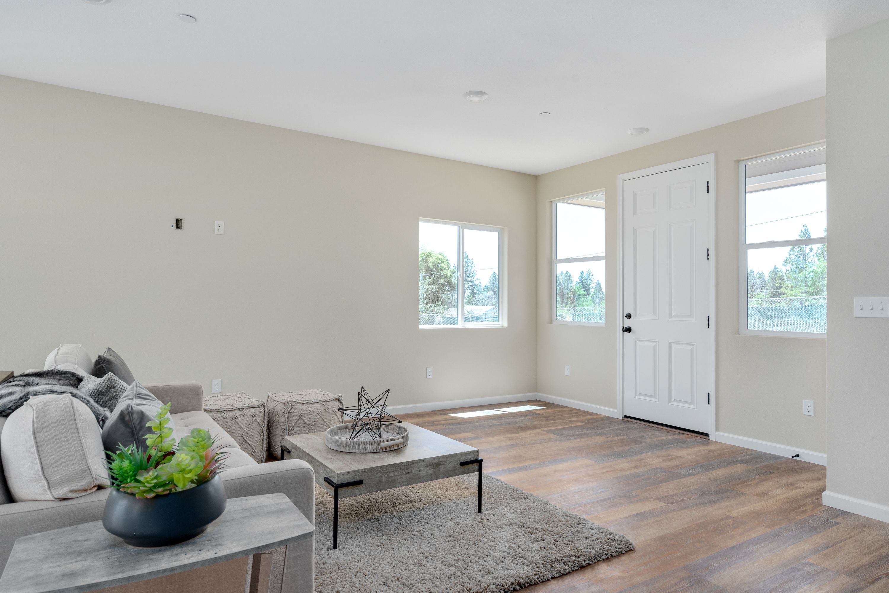 Living Area featured in the 1674 Waring Ct By Silvermark Luxury Homes in Santa Rosa, CA