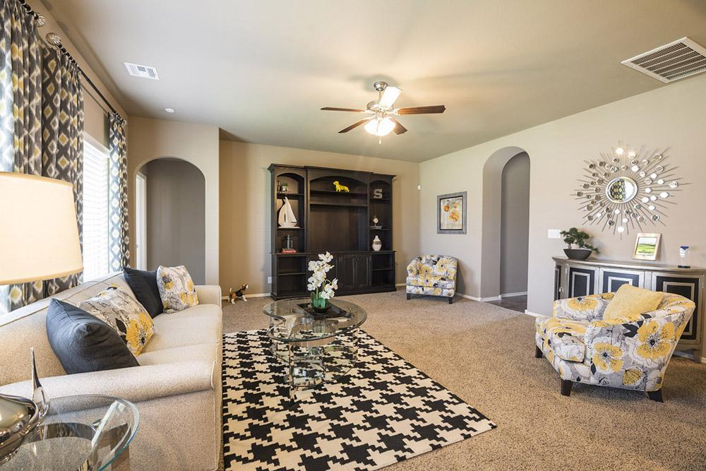 Greatroom-in-Yorkshire-at-Pine Valley-in-Bixby