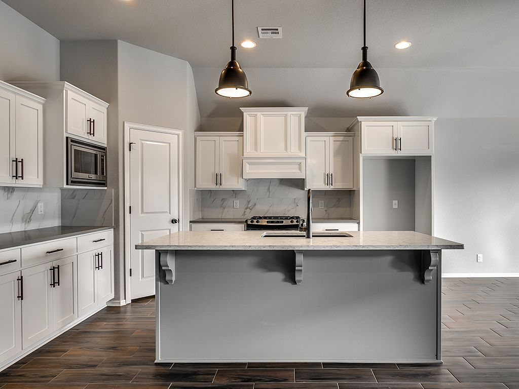 Kitchen-in-Bryson-at-Stone Lake-in-Collinsville