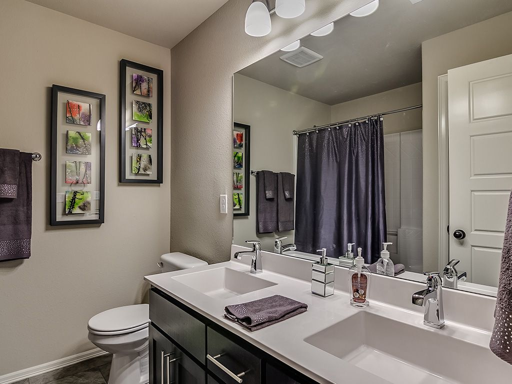 Bathroom-in-Logan-at-Breitling Village-in-Jenks