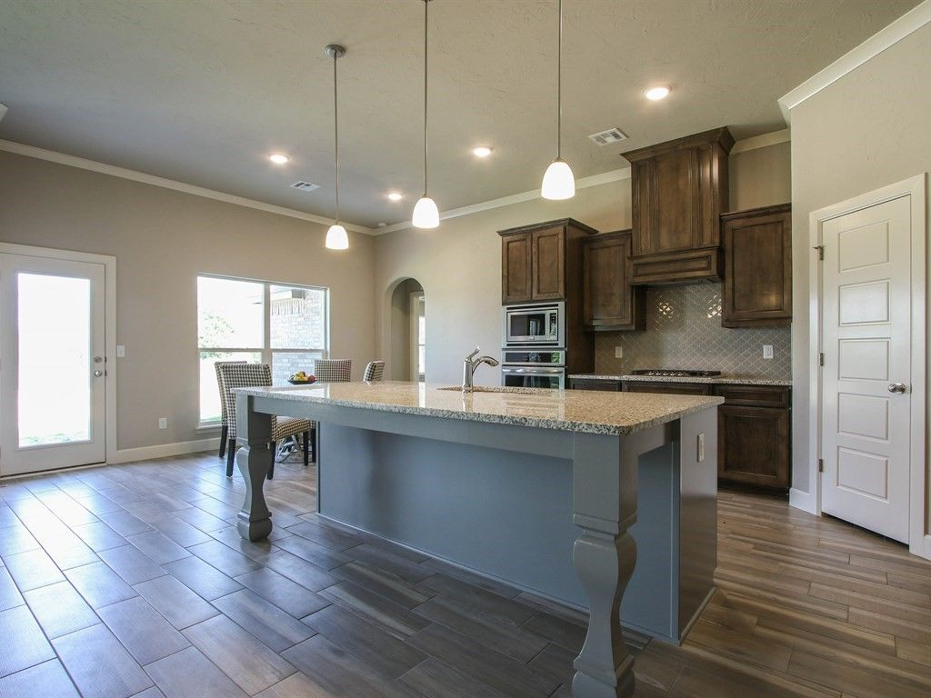 Kitchen-in-Sullivan-at-Spring Creek-in-Broken Arrow