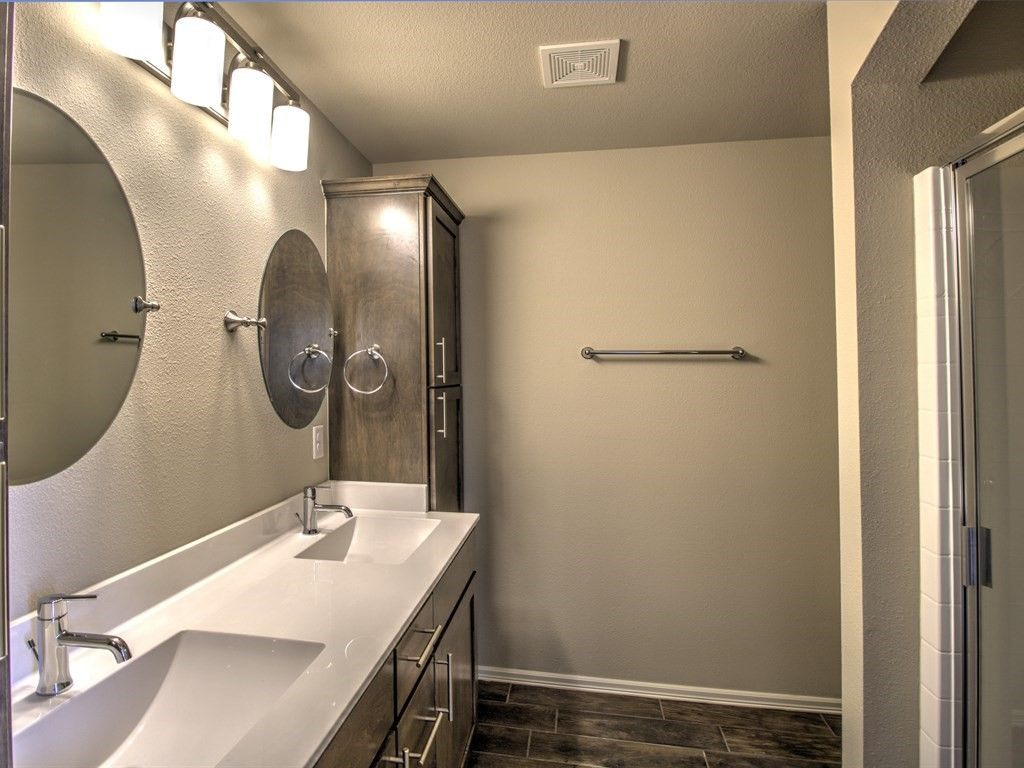 Bathroom-in-Washita-at-Breitling Village-in-Jenks