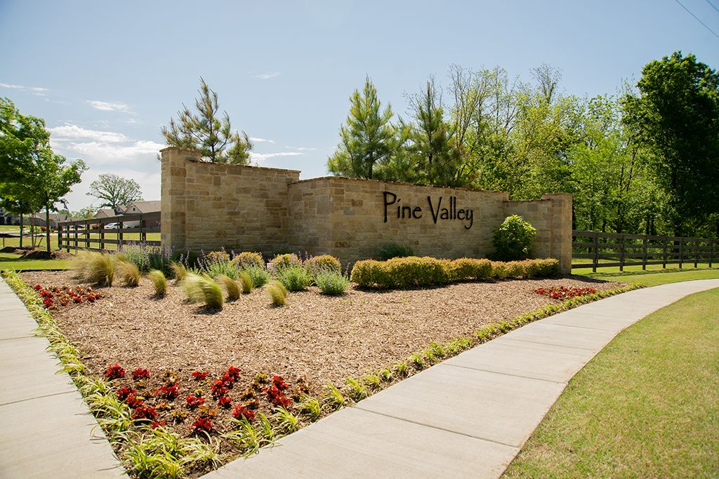 Pine Valley in Bixby, OK :: New Homes by Simmons Homes Inc.