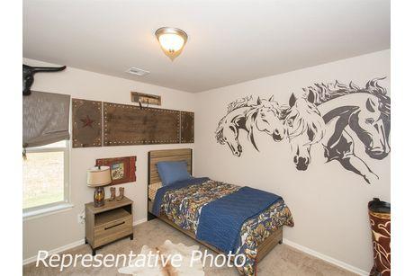 Bedroom-in-Bakersville-at-Breitling Village-in-Jenks