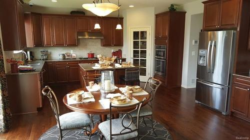 Kitchen-in-Helmsley-at-Westchester-in-Canton