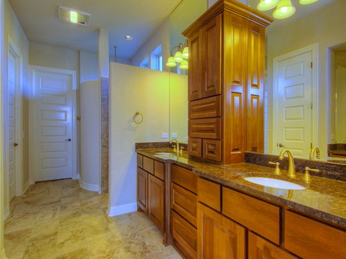 Bathroom-in-Lucca-at-Campanas at Cibolo Canyons-in-San Antonio
