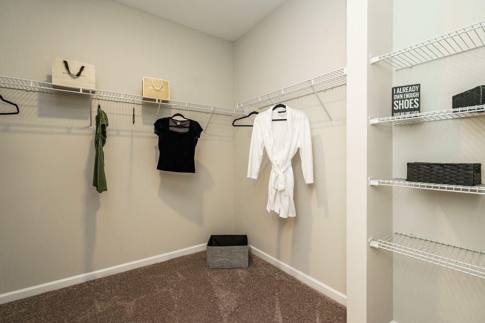 McPherson Owner's Closet