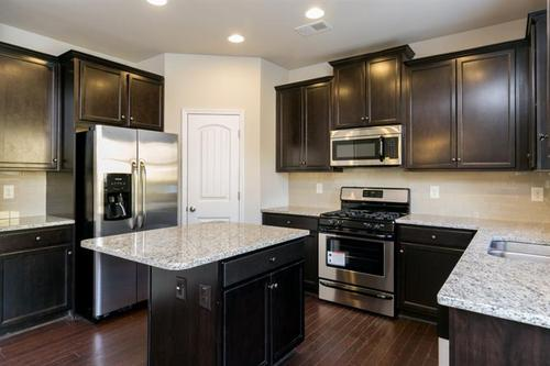 Kitchen-in-The Benson-at-Wingfoot Park-in-Cartersville