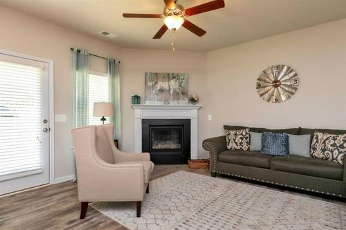 Greatroom-and-Dining-in-The Lathem-at-Woody Farms-in-Adairsville