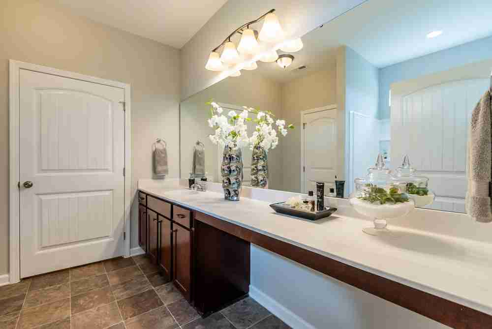 Timberline Oaks Master Bathroom