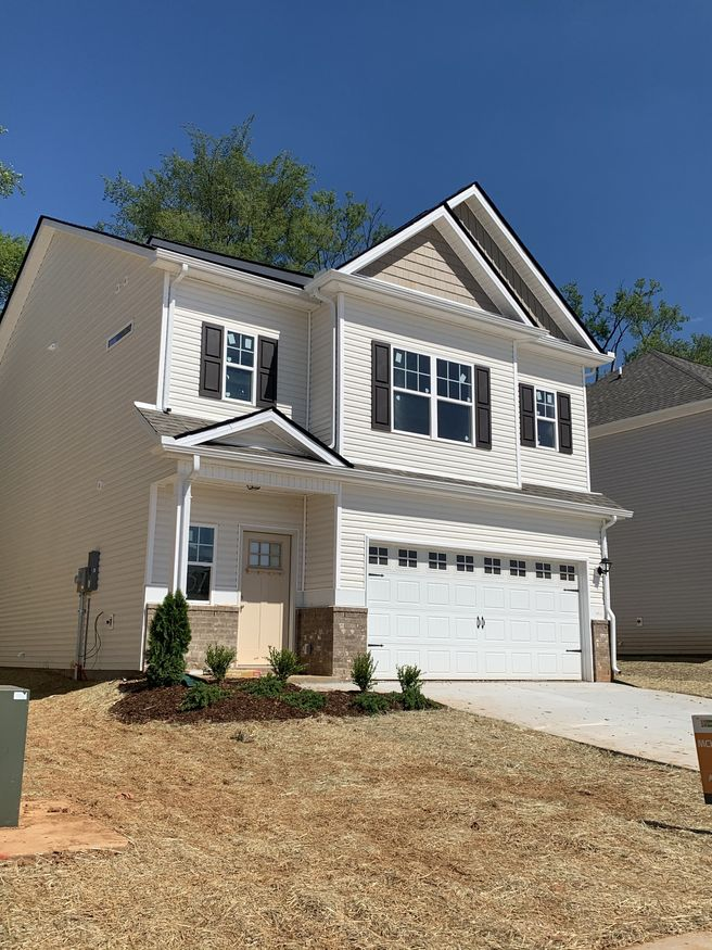 401 Tines Dr (The Braselton)