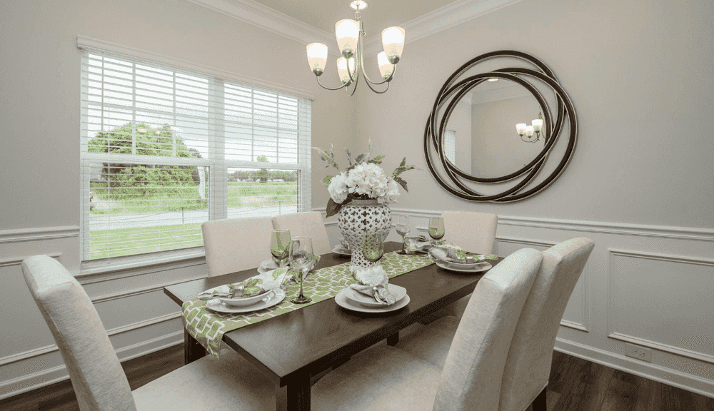 Flex Space or Formal Dining Room!