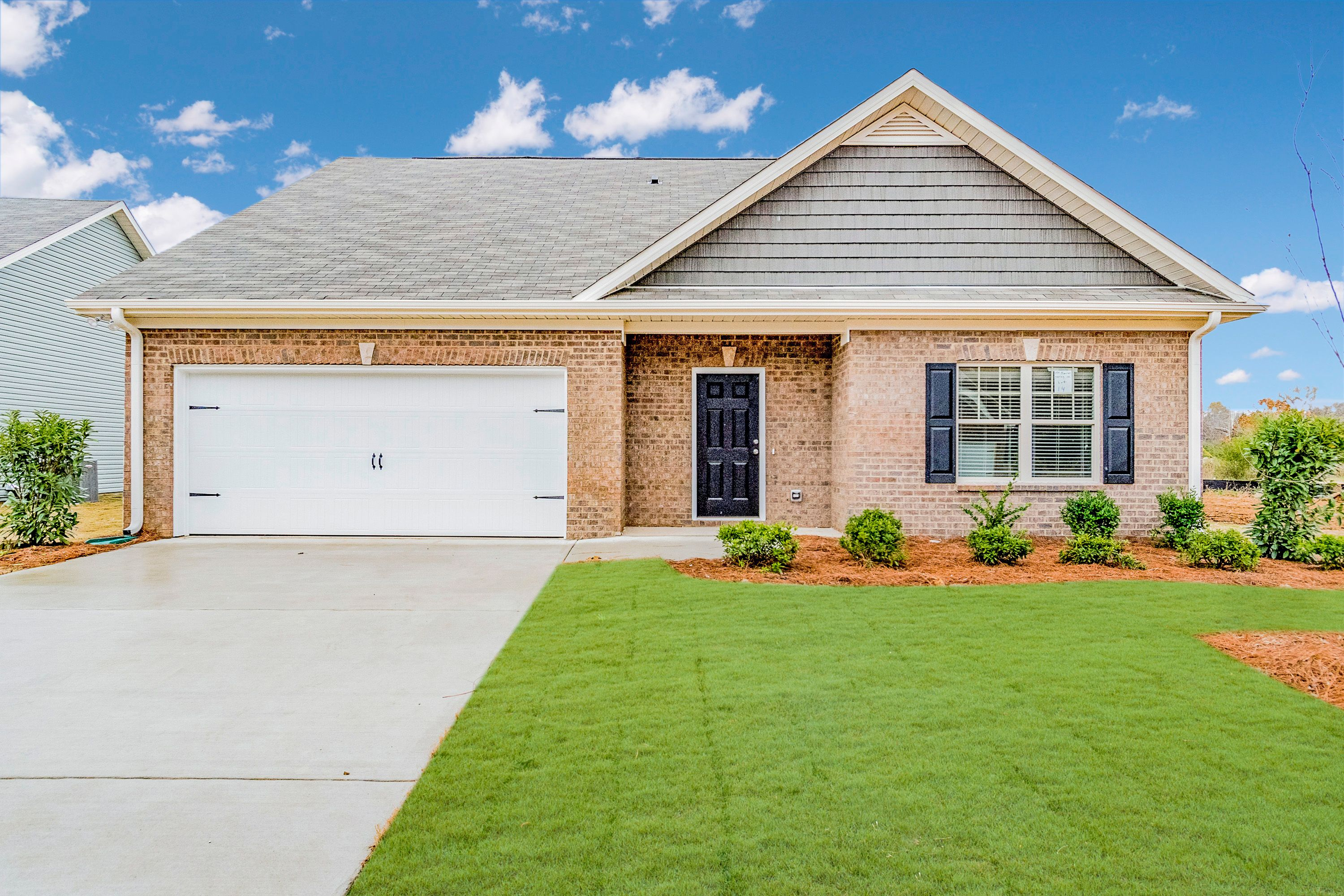 Exterior featured in The Phoenix By Smith Douglas Homes in Birmingham, AL