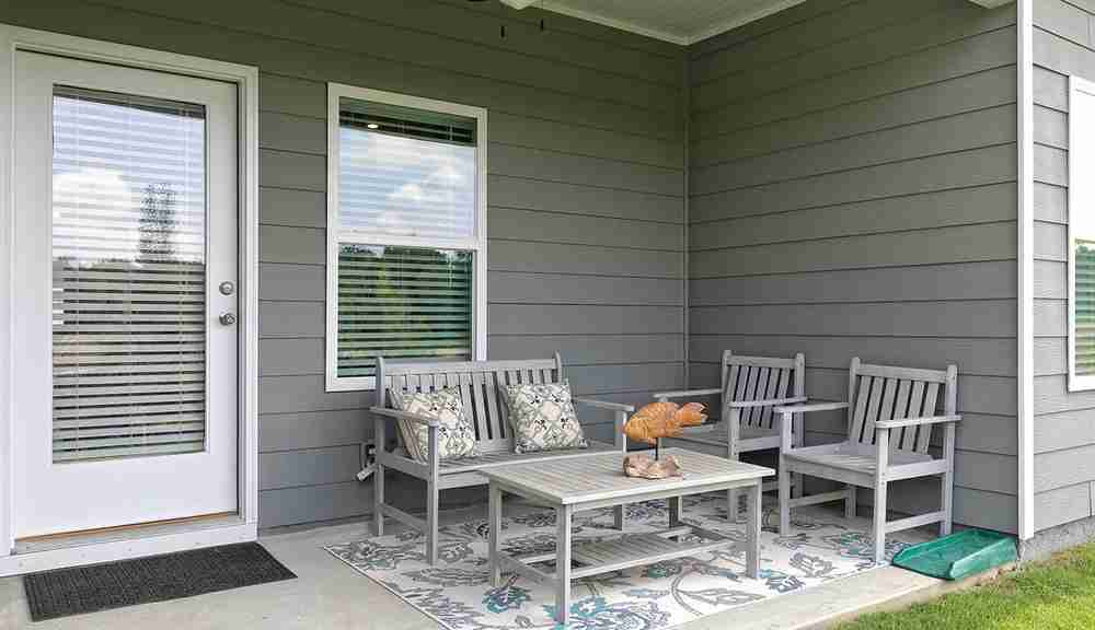 The Bayfield Model - Covered Patio