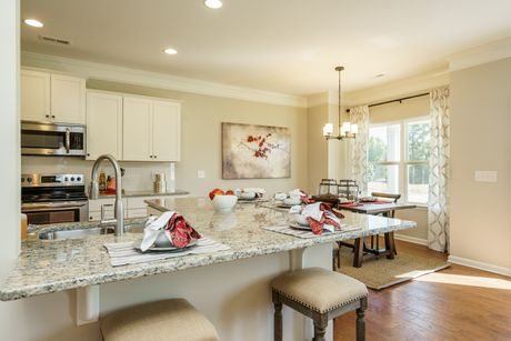 Kitchen-in-The McIntosh-at-Autumn Brook-in-Statesville