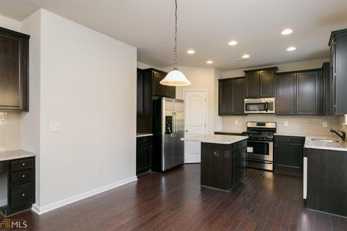 Kitchen-in-The Benson-at-Highlands at Madison Park-in-Newnan