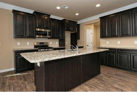 Kitchen-in-The Lancaster-at-Autumn Brook-in-Statesville