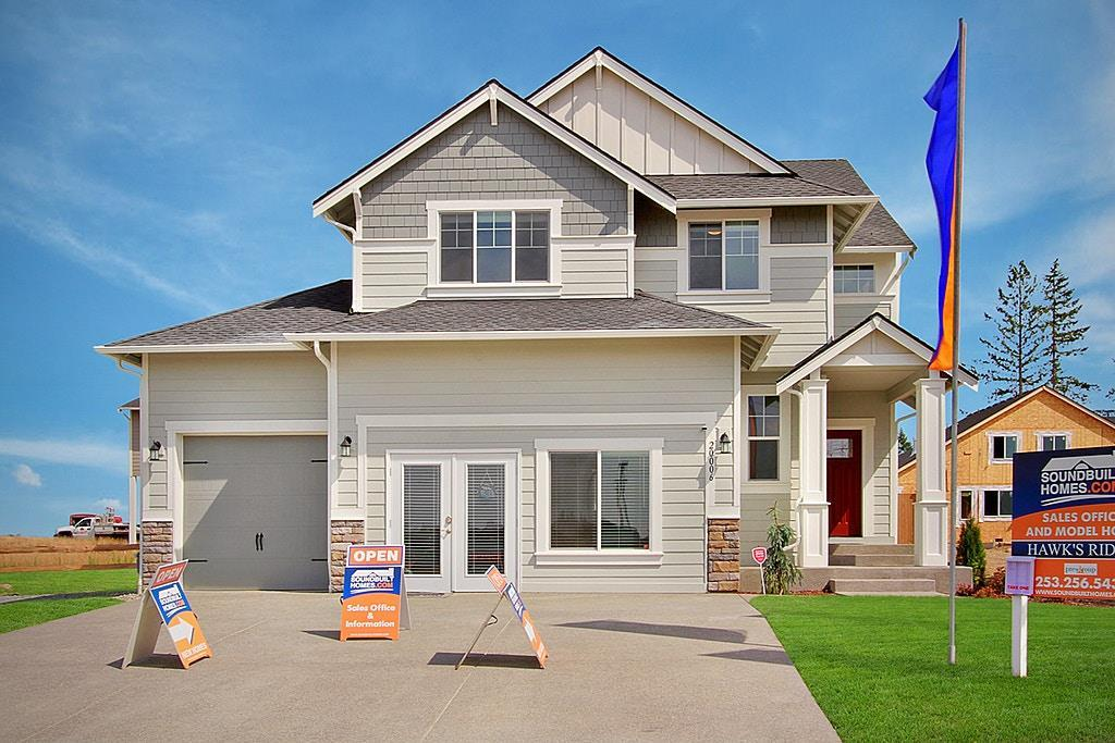 Exterior featured in The Willow By Soundbuilt Homes in Seattle-Bellevue, WA