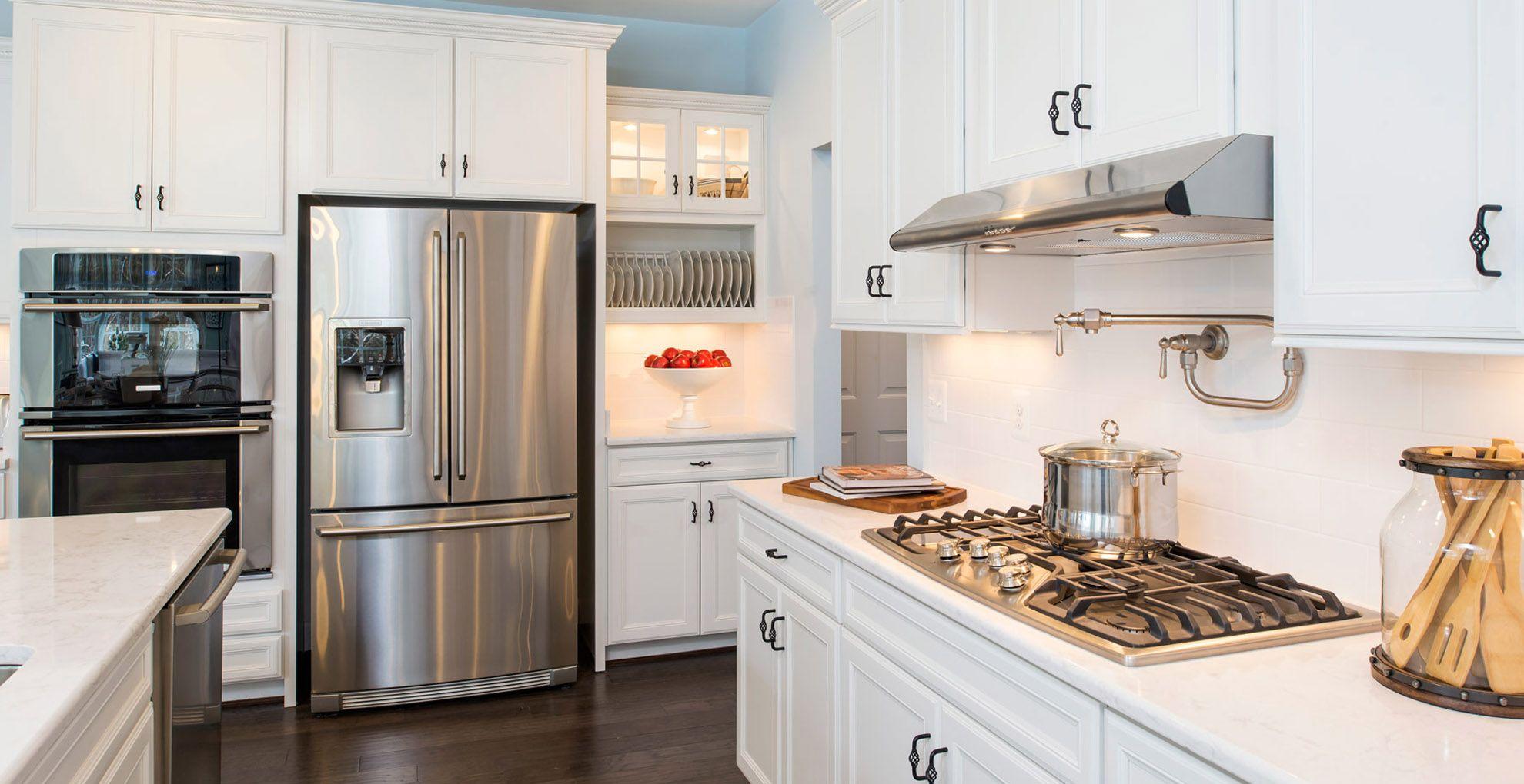 Kitchen-in-Winslow-at-Whittington-in-Charlottesville