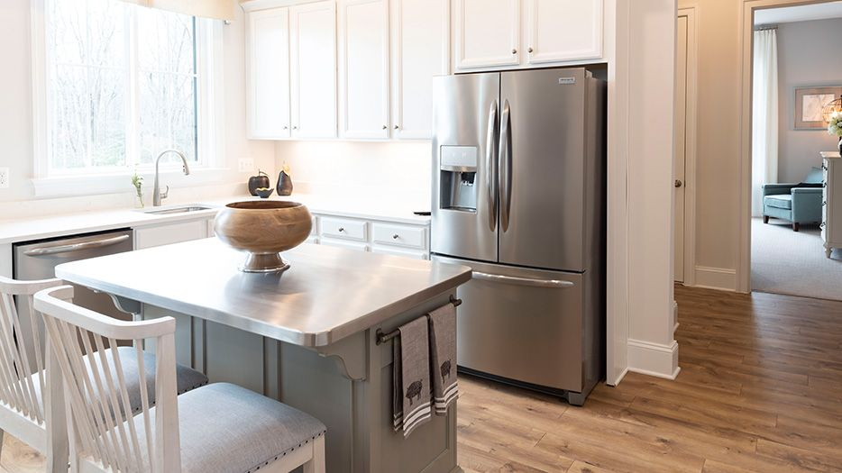 Kitchen-in-Russell-at-Potomac Reserve-in-Manassas