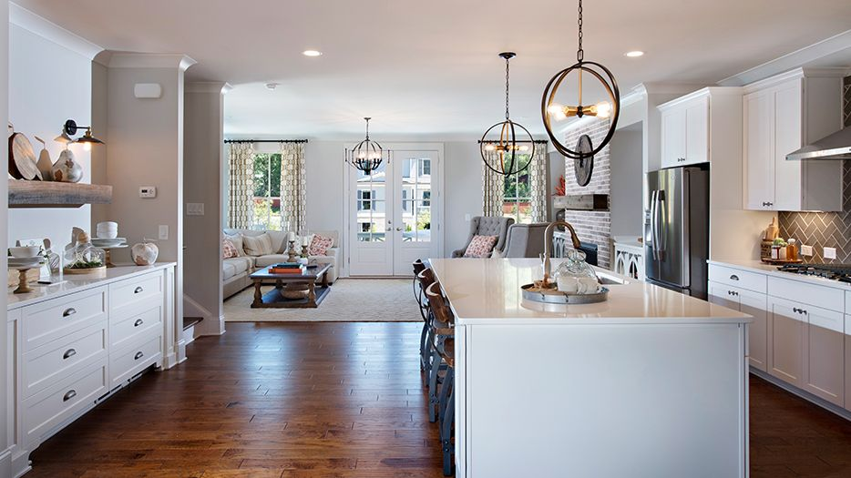 Kitchen-in-Y80-at-Canopy-in-Roswell