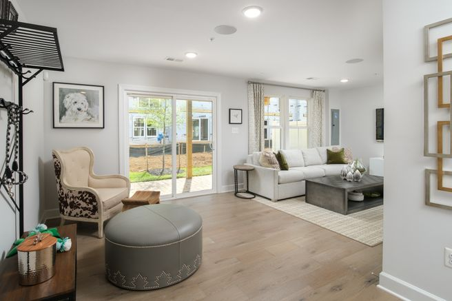 2061 Twisted Oak Place (Everett)