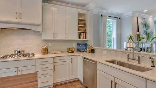 Kitchen-in-Gardiner-at-The Villas At Belvedere-in-Charlottesville