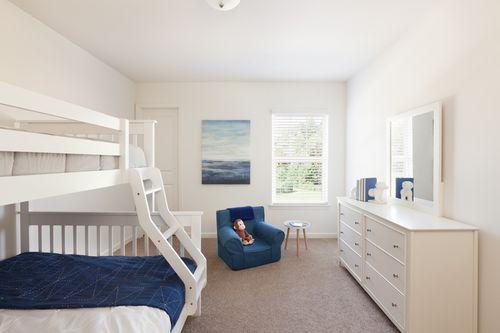 Bedroom-in-Galileo-at-Riverside Walk-in-Cartersville