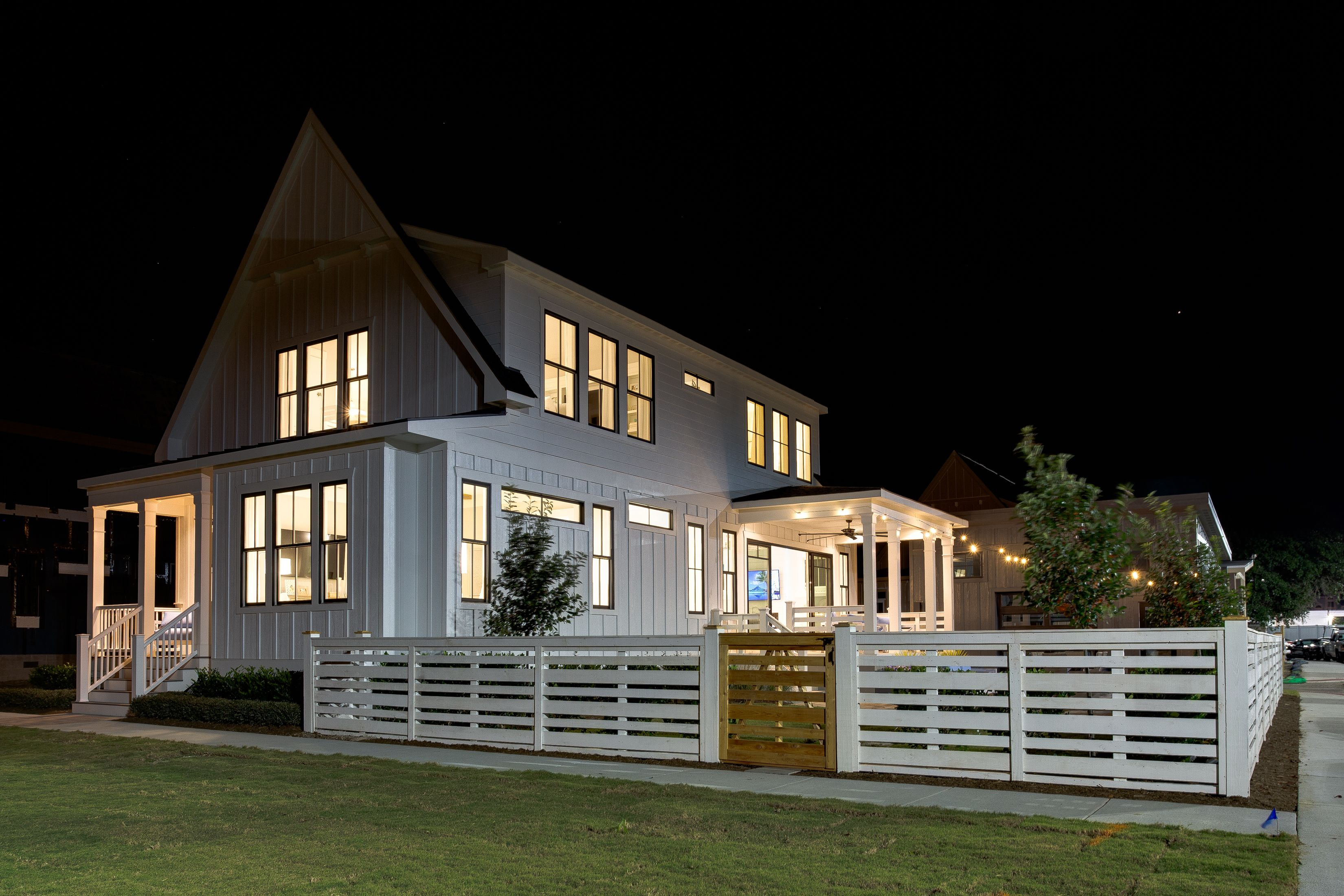 'Marina Cottages at East Beach' by Stephen Alexander Homes in Norfolk-Newport News