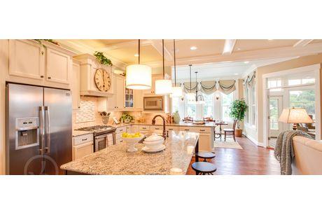 Kitchen-in-Ashland-at-Fox Trail-in-Chesapeake