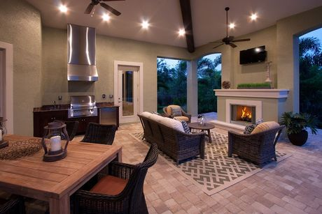 Greatroom-and-Dining-in-Normandy II-at-Quail West-in-Naples