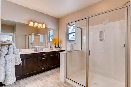 Bathroom-in-1581-at-Windmill Creek-in-Las Vegas