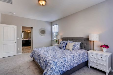 Bedroom-in-1581-at-Windmill Creek-in-Las Vegas