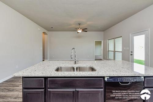 Kitchen-in-Dexter I-at-Lake Pointe-in-Temple