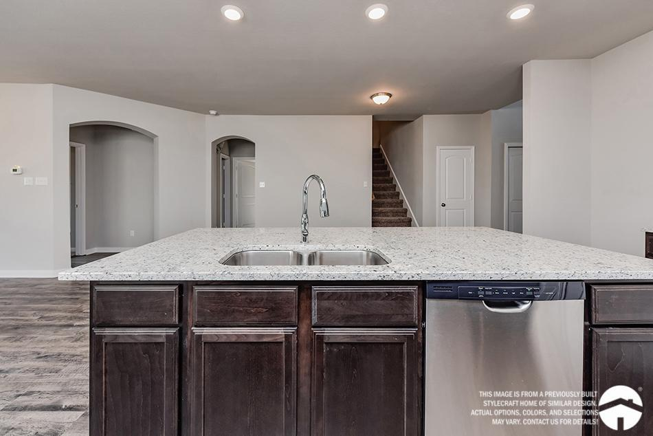 Kitchen-in-Geary II-at-Bridgewood-in-College Station