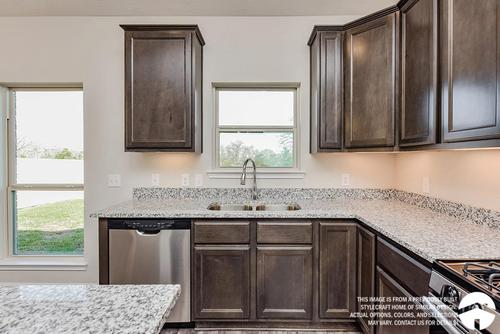 Kitchen-in-1514-at-Lake Creek Village-in-Montgomery