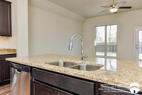 Kitchen-in-1613-at-Lake Creek Village-in-Montgomery