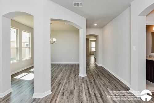 Hallway-in-3135-at-Heartwood Park-in-Copperas Cove