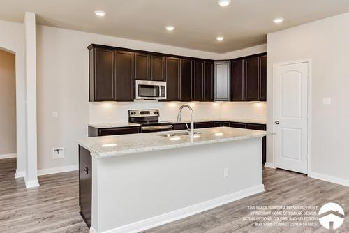 Kitchen-in-3135-at-Heartwood Park-in-Copperas Cove