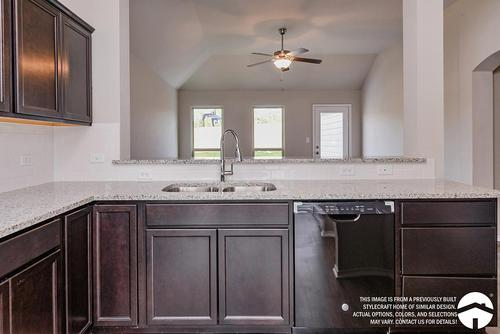 Kitchen-in-S-1363-at-Heartwood Park-in-Copperas Cove