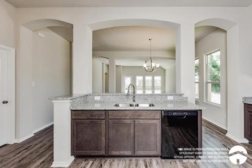 Kitchen-in-S-1818-at-South Fork-in-Waco